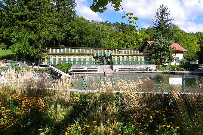 Fischauer Thermalbad in Bad Fischau-Brunn